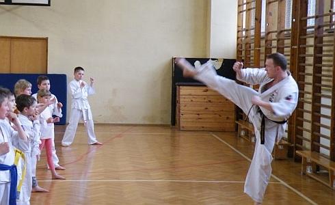 Zarzecze | 7 maja, godz. 10.00 Otwarte spotkanie dla tych, którzy chcą zacząć przygodę z tą bardzo szlachetną i tradycyjną sztuką walki. Sensei Michał Bodziony ze szkoły Oyama-karate opowie o […]