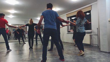 kurs tańca towarzyskiego w piotrowicach